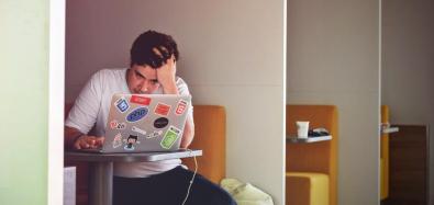 stressed-man-working